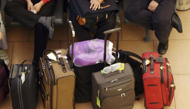 EE. UU. evalúa prohibir laptops en cabina en vuelos desde Europa