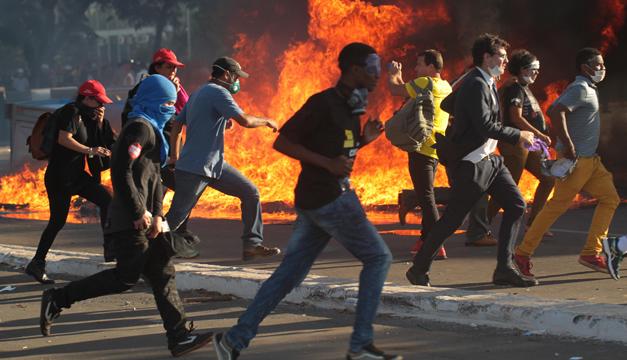 Brasilia: Temer envió a las Fuerzas Armadas a las calles