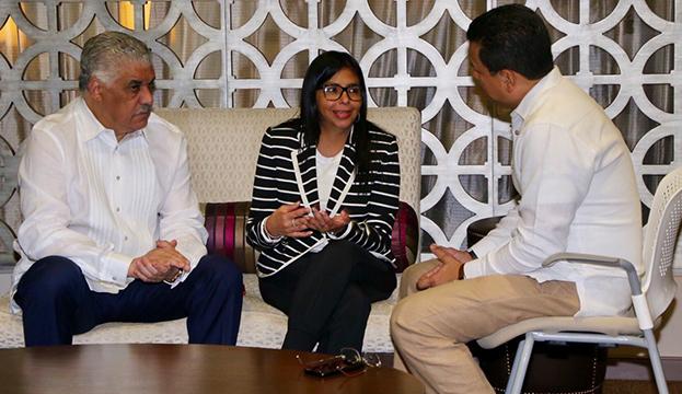 Rodríguez denuncia extorsiones de EEUU a países para que ataquen a Venezuela