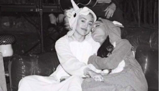 Ariana Grande visita a sus fans en el hospital