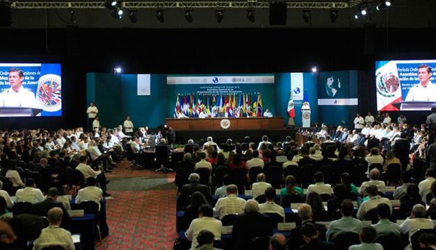 Venezuela responde a México con resoluciones sobre Ayotzinapa