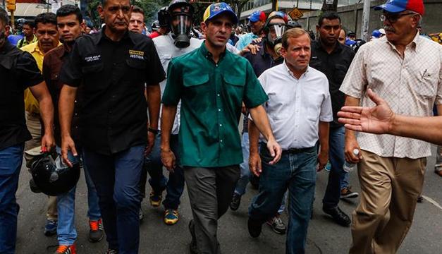 La Constituyente será para acabar a los burócratas y los corruptos — Maduro