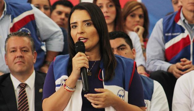 Dos diputados salvadoreños renuncian a reelección por anomalías en primarias