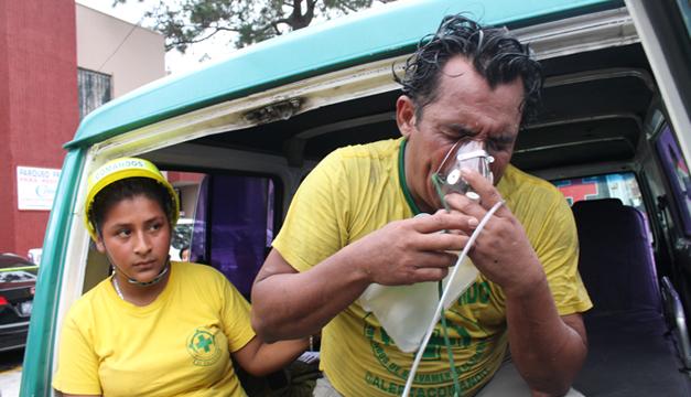 Se incendia Ministerio de Hacienda salvadoreño con varias personas atrapadas
