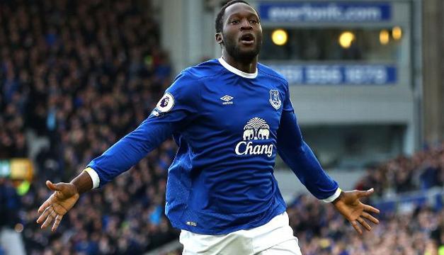 El delantero inglés Rooney vuelve a Everton