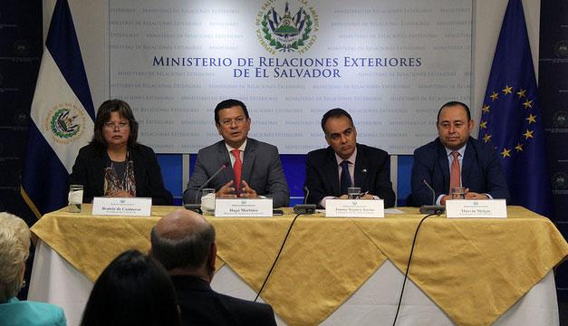VENEZUELA: Unas 60 delegaciones llegarán a El Salvador a cumbre Celac-UE