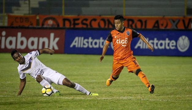 El Árabe Unido clasificó a semifinales en la Liga Concacaf