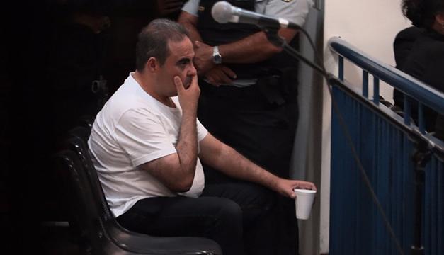 Expresidente salvadoreño Saca afronta audiencia por sobornos en tribunal