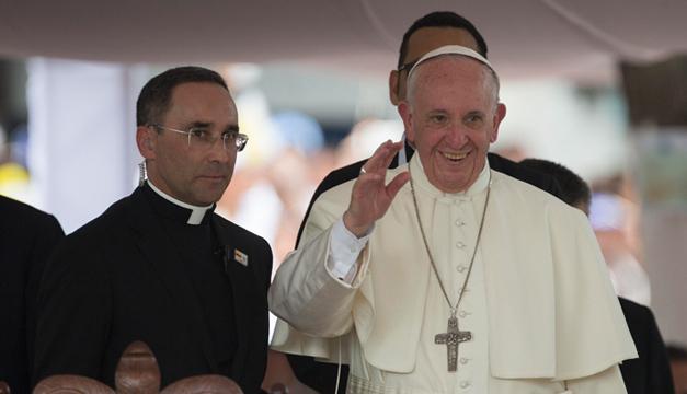 El papa Francisco parte de Cartagena de regreso a Roma