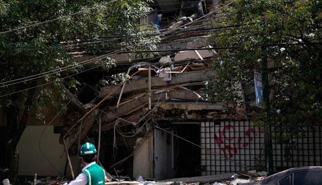 Confirman 42 muertos en Morelos por terremoto