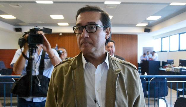 Fiscalía vincula al exfiscal Luis Martínez en el caso del