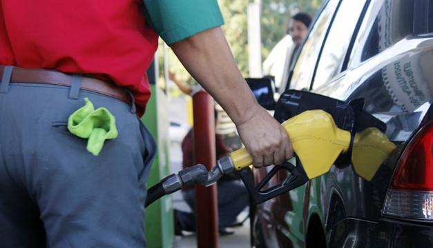 Gasolinas serán entre $0.02 y $0.04 más baratas esta quincena