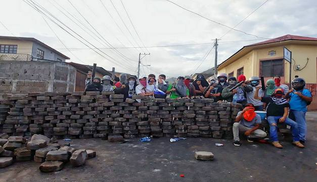 Protestas en la calle contra la industria porno - 2 7