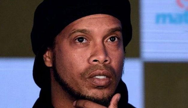 Ronaldinho se casará en el mes de agosto con dos mujeres