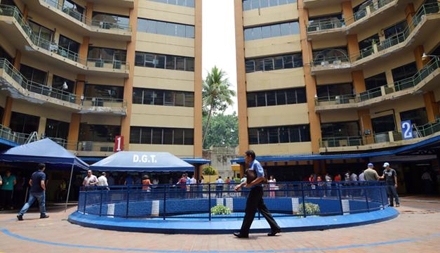 Ingresos tributarios de El Salvador crecen 25.8 % y alcanzan los $2,226 millones