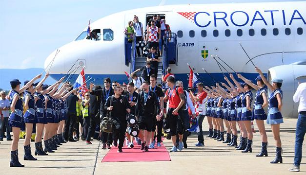 La Selección de Croacia recibida con toda la gloria por 500 mil aficionados