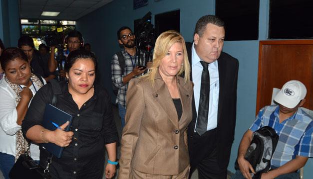 Condenan a 10 años de prisión al expresidente salvadoreño Tony Saca
