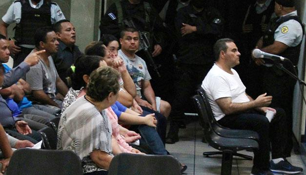 Condenan a 10 años de prisión al expresidente salvadoreño Antonio Saca