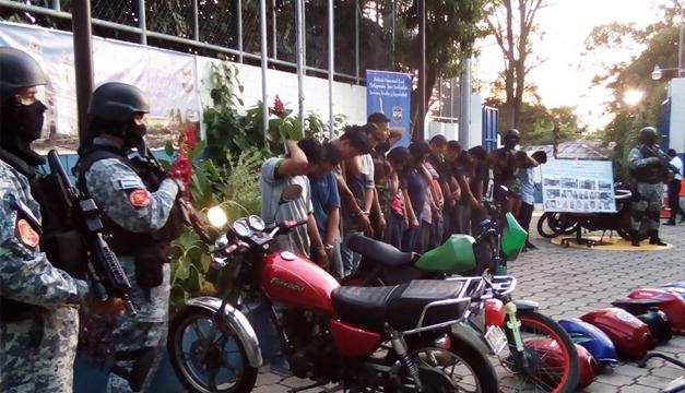 PNC desarticula banda que robaba motocicletas en San Salvador