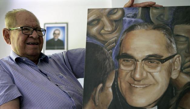 Autoridades italianas rinden homenaje a Monseñor Romero