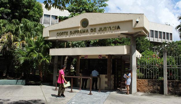 Piden crear Tribunal Constitucional que tenga las competencias de la Sala de lo Constitucional