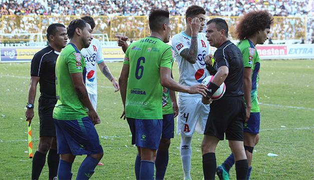 Alianza FC responsabiliza a los árbitros por su derrota en la final del  Apertura 2018 eb579d654c0fc