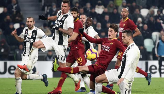 Juventus mantiene su ventaja tras superar a la Roma - Diario El Mundo 3179bd50df476