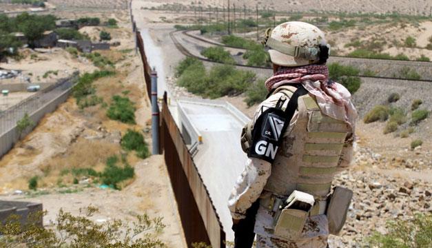 Siete militares mexicanos detenidos que cruzaron por error la frontera con EEUU