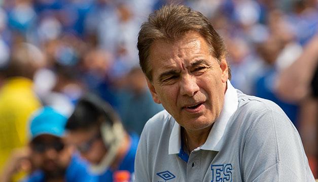 El Salvador pierde técnico en proceso eliminatorio al mundial por tercera vez seguida