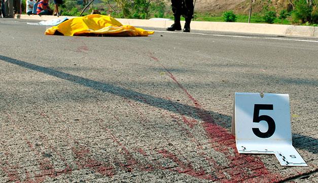 Adulta mayor atropellada en carretera al Puerto de La Libertad - Diario El Mundo