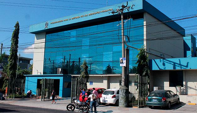 """Sindicalistas de Salud recurren a la PDDH: """"Tenemos que tener salud para dar salud"""""""