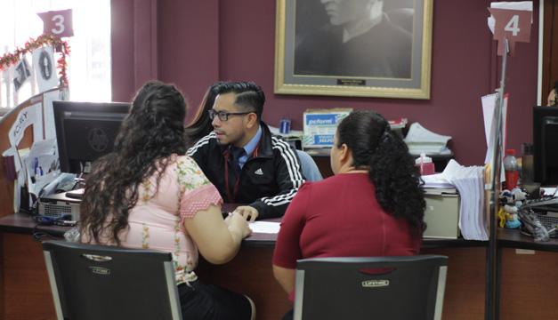La importancia de la educación superior y el apoyo de los padres en el inicio de la etapa universitaria