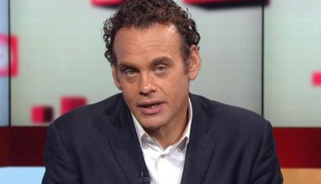 David Faitelson ironiza con meme del ladrón de la combi y Ricardo Puig lo critica