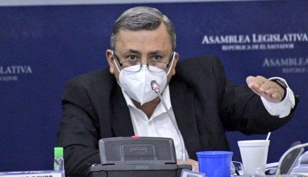 """Carlos Reyes al Gobierno: """"Que cumplan la ley y así van a mejorar su imagen"""""""