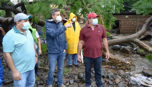 Súper Selectos realiza donación a comunidades afectadas por la tormenta tropical Amanda