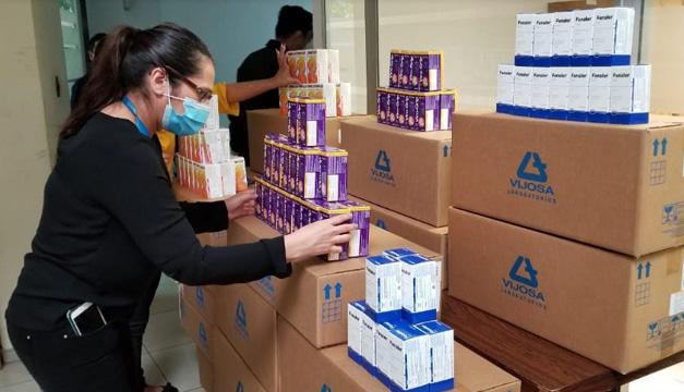 VIJOSA se solidariza y dona medicamentos para familias afectadas por lluvias