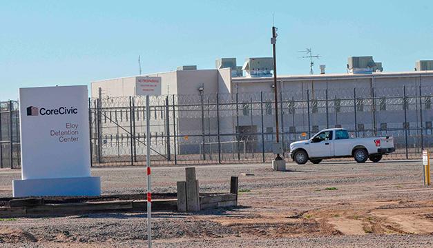 Más de 3.000 casos de coronavirus en centros de detención de migrantes en EEUU