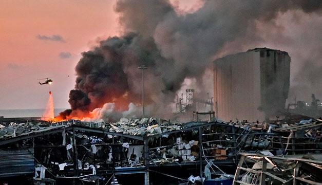Al menos 73 muertos y miles de heridos en las explosiones en el puerto de Beirut