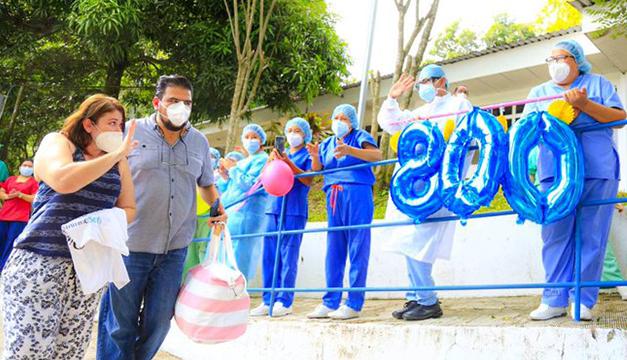 Celebran en Hospital Saldaña 800 pacientes recuperados de covid-19