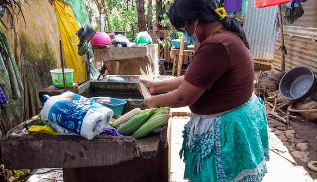 """Italia y PMA dan asistencia alimentaria a 6,250 salvadoreños afectados por tormenta """"Amanda"""""""