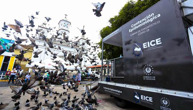 Habilitan cabinas móviles para detectar casos de coronavirus en Cojutepeque