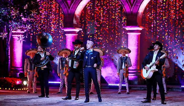 Los premios Grammy Latino celebran el México de Natalia Lafourcade... ¡Así se vivió!
