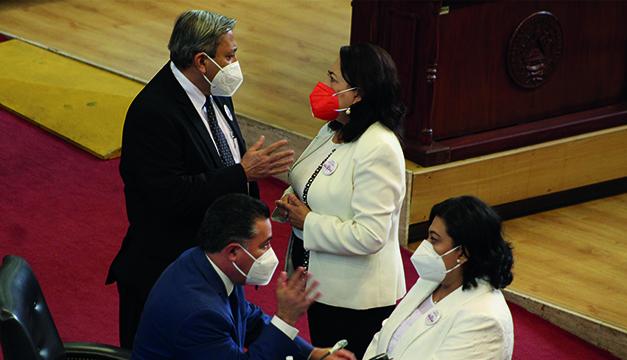 Lento avance de presupuesto 2021: diputados aún sin propuestas de ajustes