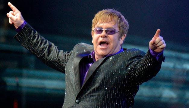 El artista británico Elton John se une a la plataforma de Tik Tok