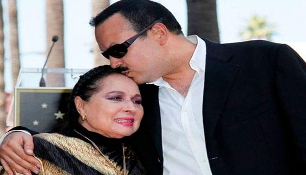 A ritmo de mariachi dan último adiós a Flor Silvestre