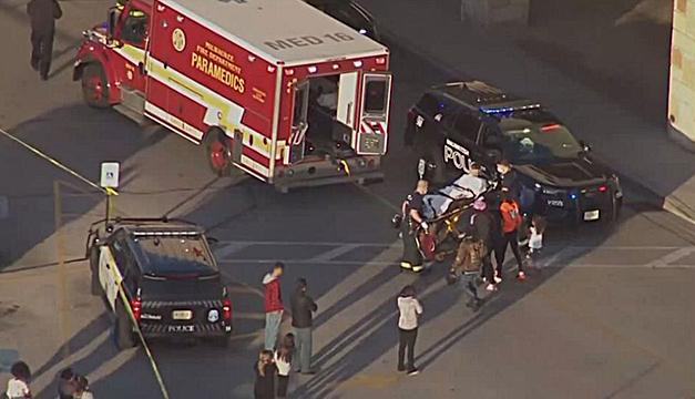 Al menos ocho heridos en tiroteo dentro de centro comercial en EEUU