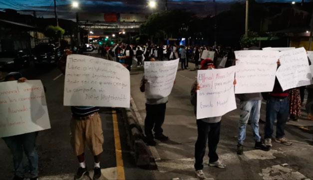 Piden liberar a vendedores capturados en San Salvador por el delito de extorsión