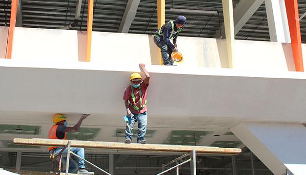 Construcción espera hasta $1,200 mills.  en inversiones