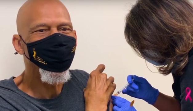 """La NBA quiere vacunar ya a los jugadores para """"concienciar a la comunidad"""""""