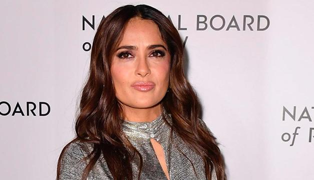 Salma Hayek alcanza 17 millones de seguidores en Instagram y lo celebra con sesión fotográfica